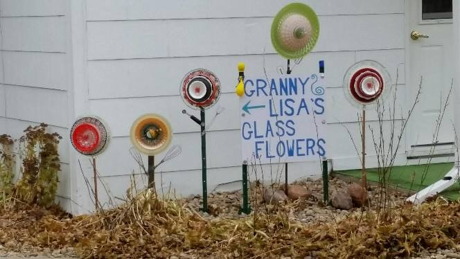 Granny Lisas Glass Flowers